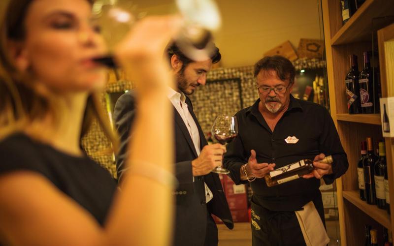 la wine experience - cantina color hotel bardolino garda 1043