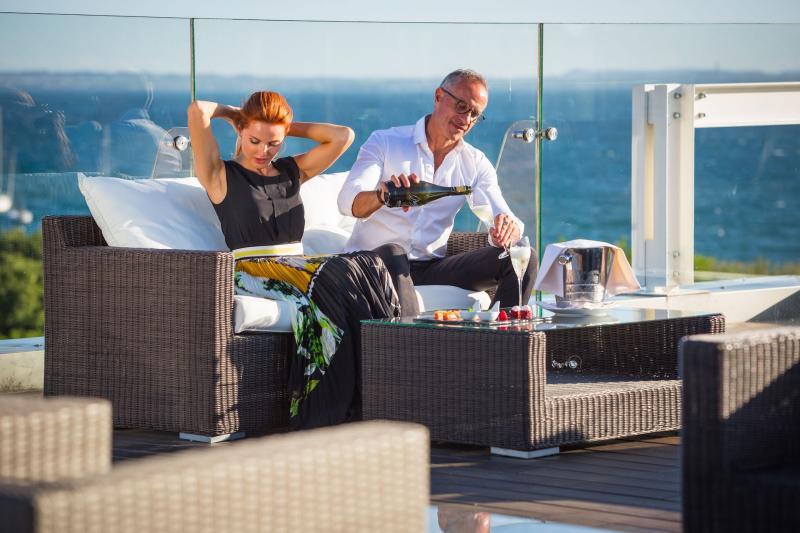 VIP lake-view-terrace-colorhotel-bardolino-lakegarda